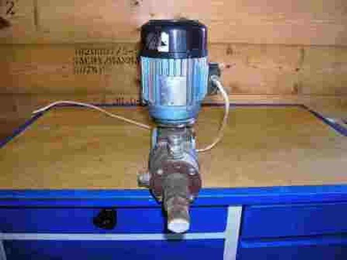 Used SERA dosing pump, type R410LW