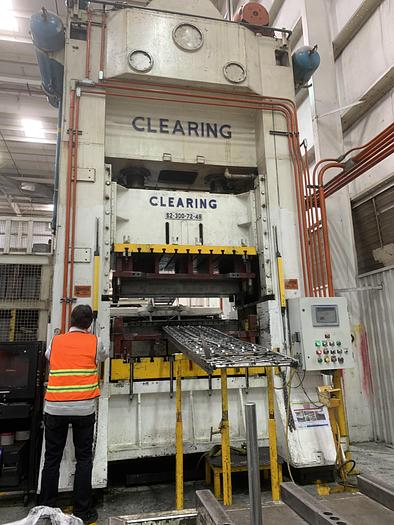 """Used 300 ton Clearing 72""""x48"""" SSDC Press"""