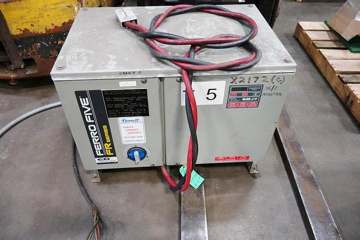 Linde 4500 Lb. Electric Fork Lift Triple Stage E25 B