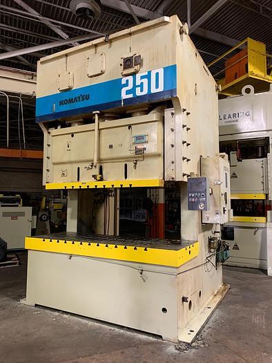275 ton Komatsu 2pt. Gap Frame Press