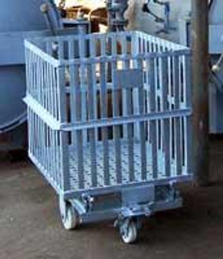 Używane Wózek do autoklawu WAA 22