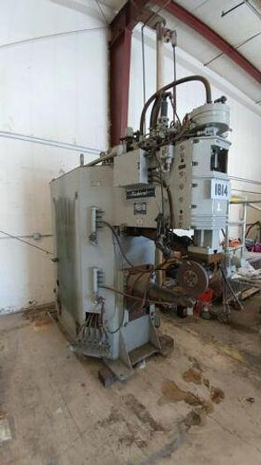 "Used FEDERAL MODEL FC2RS-36 SEAM WELDER 125 KVA 36"" THROAT / NEEDS CONTROL / AS IS"
