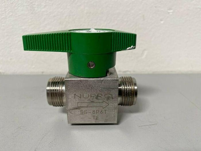 """Used Nupro SS-8P6T-TE Stainless Steel Plug Valve w/ 3/4"""" Fitting"""