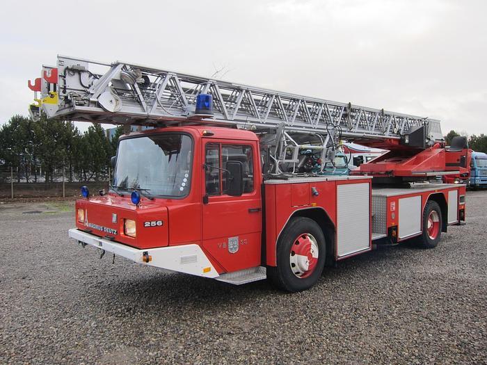 Meget god 1982 Magirus Deutz 256 V8 4x2 Stige DL23-12 30 m.