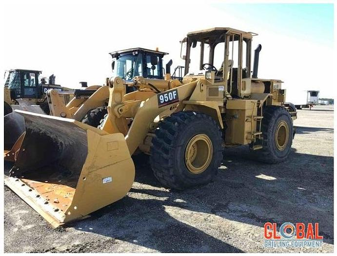 Used Item 0957 : 1995 Caterpillar 950F Series II Wheel loader