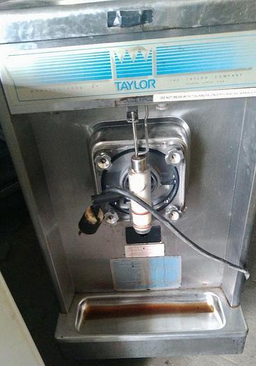 Used Taylor Frozen Drink Margarita Machine 340-12