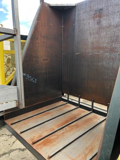 2016 Tubar Hydraulic Bin Dumper