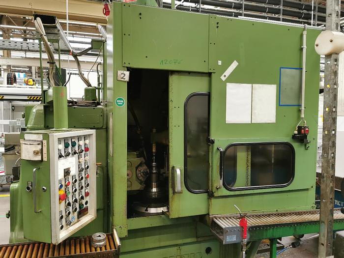 Gebraucht Zahnrad-Abwälzfräsmaschine - vertikal  PFAUTER P 400