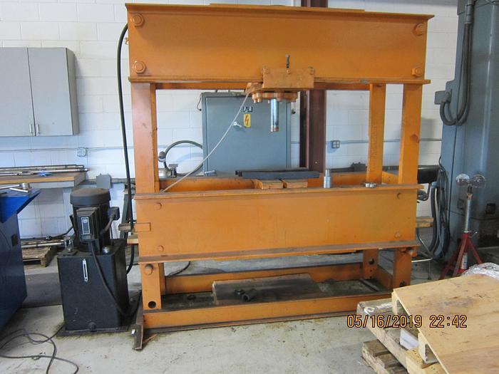 1986 Roger Hydraulic H Frame Press  SW - 150- 13 -100X