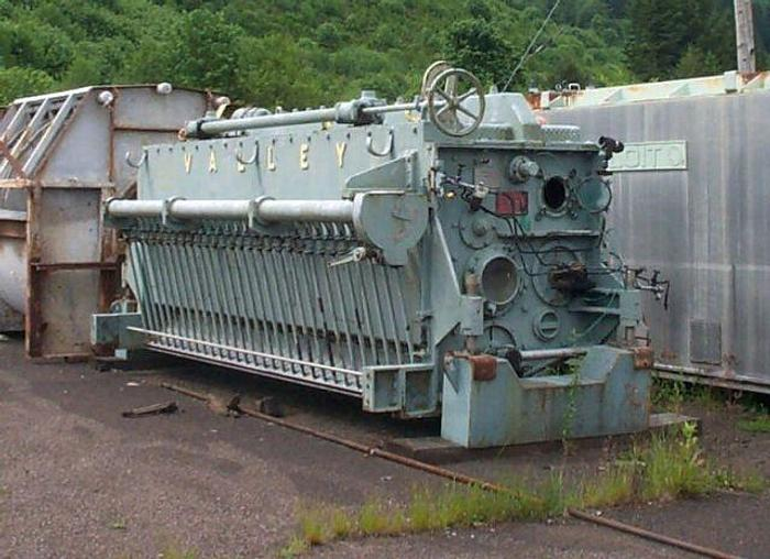 "Used 115"" (2.92M) VALLEY S/S PRESSURIZED HEADBOX"