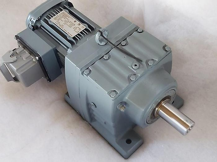 Stirnrad Getriebemotor, R67 DRS71M4, 1380/13rpm SEW Eurodrive,  neu