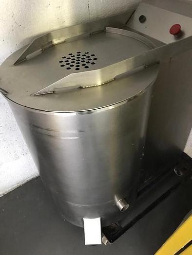 Used SALAD SPINNER