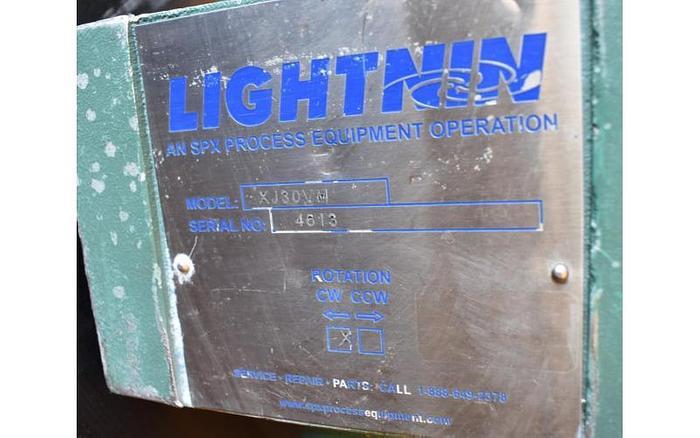 USED LIGHTNIN CLAMP-ON MIXER, MODEL XJ30 VM, VARIABLE SPEED