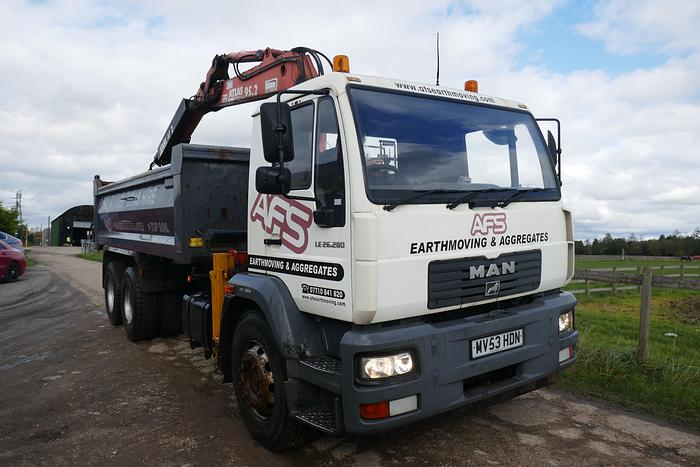 Used 2003 MAN LE26-280 6X4 TIPPER LORRY