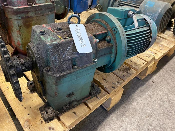Used AEG Electric motor with reducer
