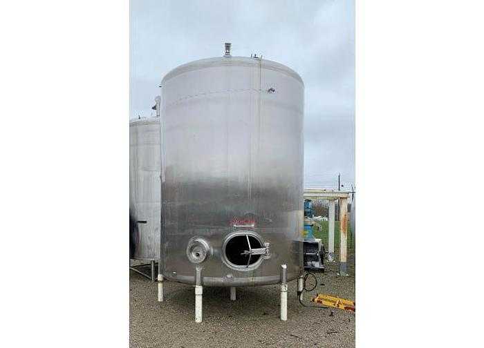Used USED 3500 GALLON TANK, STAINLESS STEEL, WITH MIXER