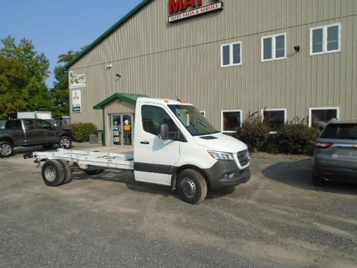 Used 2019 Mercedes Benz 3500XD Sprinter cab and chassis