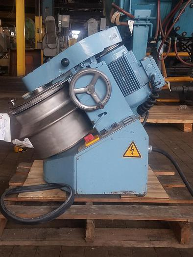 Used EIRICH MODEL R02  MIXER – 8 TO 10 LITER CAPACITY (#9595)