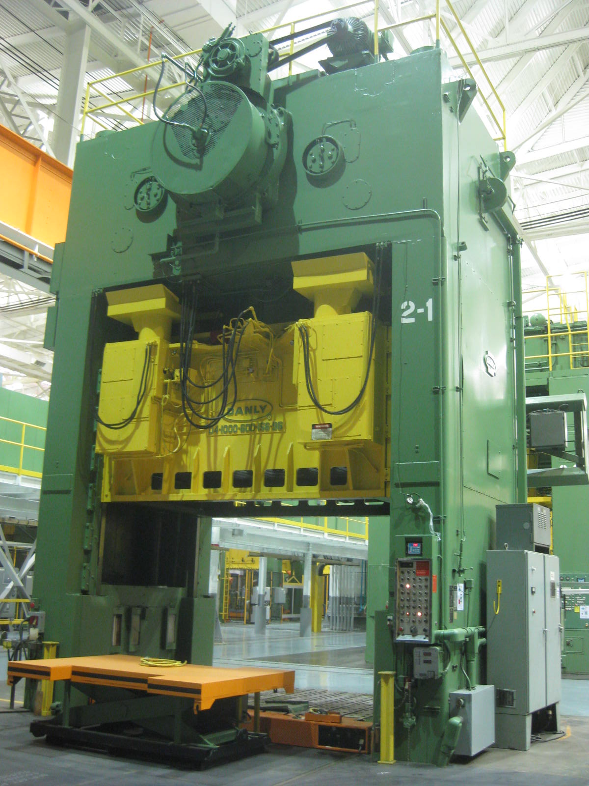 Used 1000 ton / 600 ton Danly Double Action Stamping Press