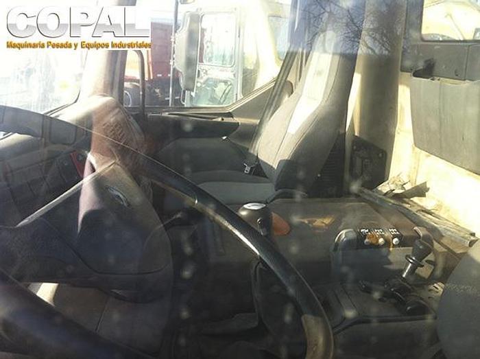 2006 Renault KERAX 370