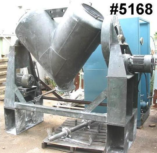 Used 20 CU. FT. P-K TWIN SHELL BLENDER – C/S