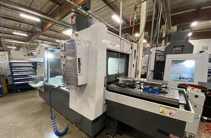 Used 2010 Haas VF3 with Pallet Changer