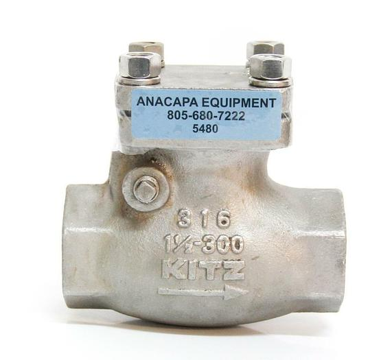 """Used KITZ Swing Check Valve Class 300 1 1/2"""" AK300 SCS14 8Y082 Threaded 316 (5480)"""