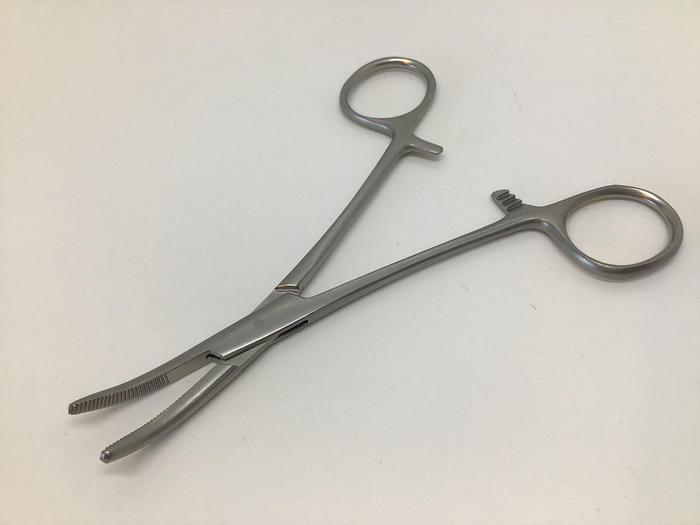 Forceps Artery Spencer Wells Curved 125mm