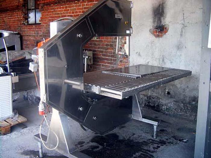 Używane Piła taśmowa ze stołem rolkowym do cięcia mięsa z kością. Fiskars - Finlandia