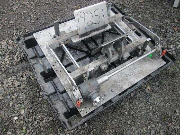 Used Pacmac Jaw Assembly