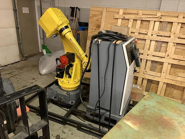 FANUC M710iB/45 6 AXIS ROBOT WITH RJ3iB CONTROLLER - REFURBISHED
