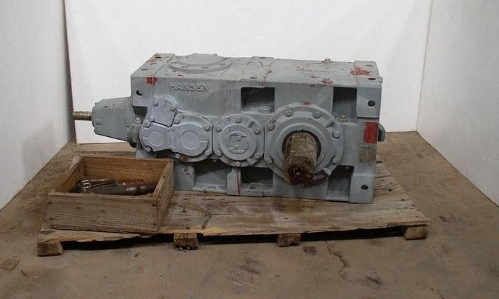 Used 125 HP @ 1,750 RPM 90:1 HANSEN Model RDF44-BNN-90 Right Angle Power Transmission Gear Reducer; S/N 071811 (Never USED)