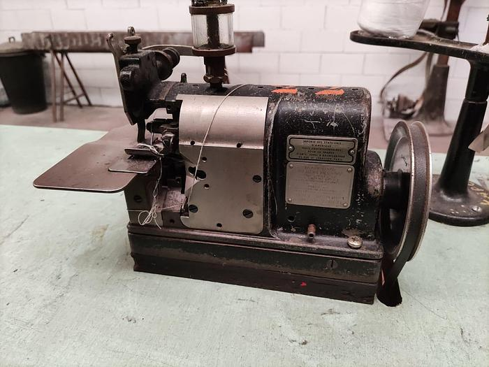 Used Sewing machine MERROW  DOHLE
