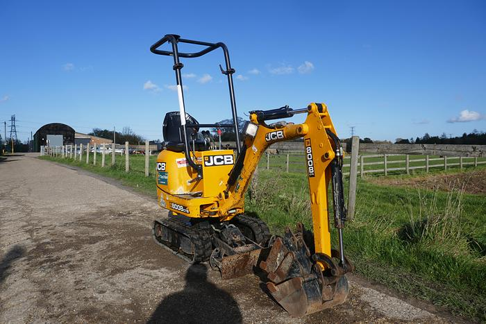 Used 2015 JCB 8008 CTS