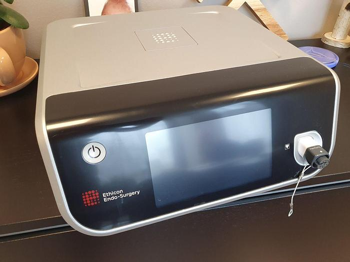 Used For Sale ETHICON GEN11 Electrosurgical Unit