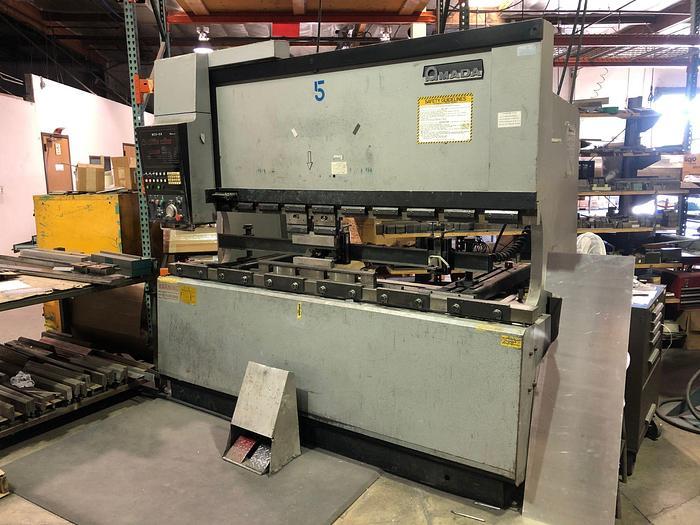 1986 88 Ton Amada FBD-8025 CNC Press Brake
