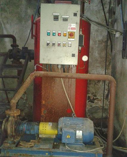Usata Caldaia ad olio diatermico ad asse verticale, RIELLO 1000 Kcal/h.