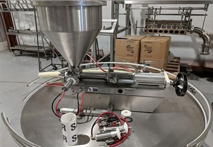 Used Stainless Steel Table Top Piston Filler TG-1000