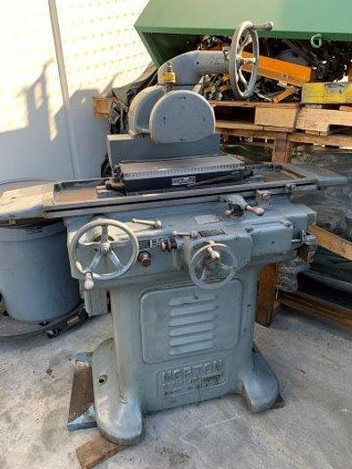 "Used 6"" x 18"", NORTON, HYDRAULIC, 1.5 HP SPINDLE [5452]"