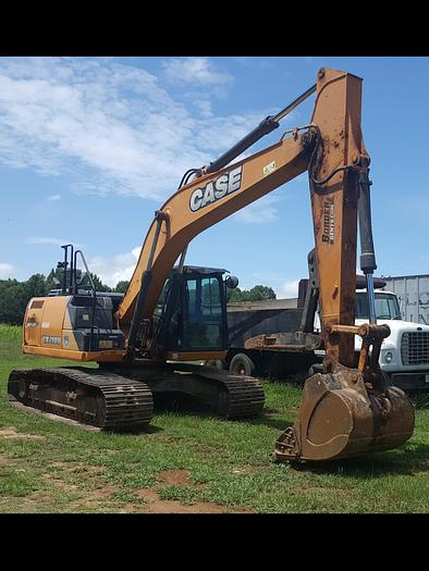Used 2015 CASE CX210D