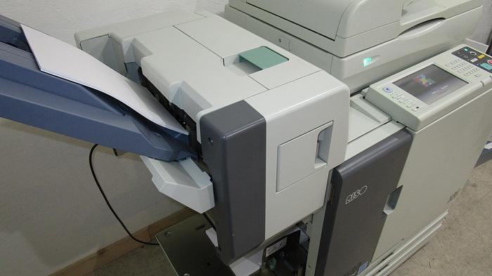 Riso ComColor 3150 X1 Full Color Inkjet Printer with Auto Stacking Tray, Stapler and Scanner