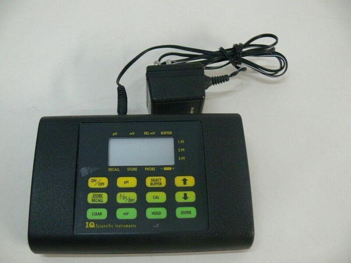 Used IQ Scientific Instrument IQ240 Portable PH Meter w/ Power Supply
