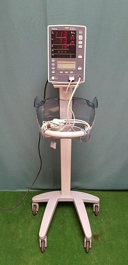 Gebraucht Datascope Mindray Accutorr V VITAL Patientenmonitor SpO2, Masimo SET NIBP und Manschette