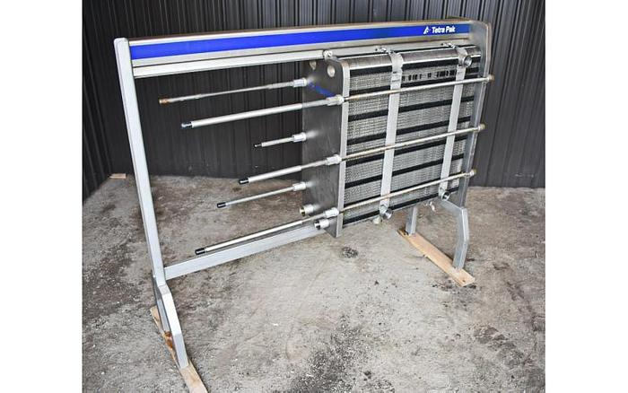 USED HEAT EXCHANGER, PLATE, 993 SQ. FT., STAINLESS STEEL, SANITARY