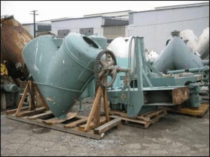 Used 40 CU. FT. P-K TWIN SHELL VACUUM DRYER – S/S – JKTD.