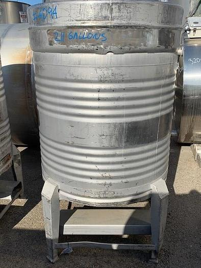 211 Gallon Round Stainless Steel Tote Tanks