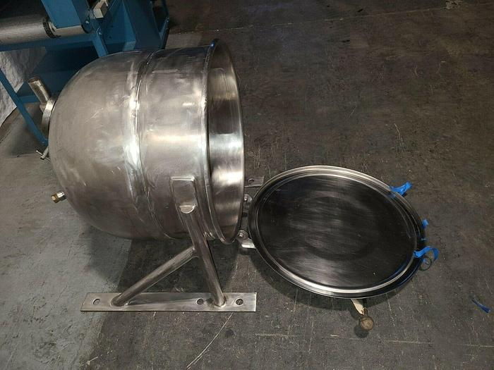 """Used Stainless Steel Vessel Resin Tank Chamber 38"""" x 27"""""""