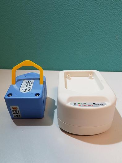 Gebraucht Solomax SMX0026 Batteriepack mit Ladegerät