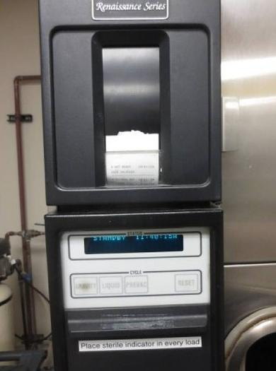 AMSCO 3023 VACAMATIC Autoclave