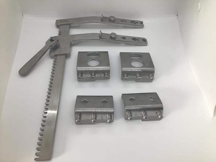 Spreader Rib Set Finochietto with 2 sets of 2 Blades